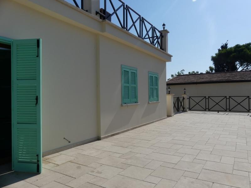 STUNNING REMODERNISED 3 BEDROOM CYPRUS HOUSE KYRENIA CENTRE