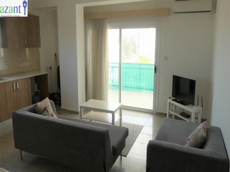 2 BEDROOM APARTMENT TO RENT IN THE TURKISH QUARTER OF KYRENIA.
