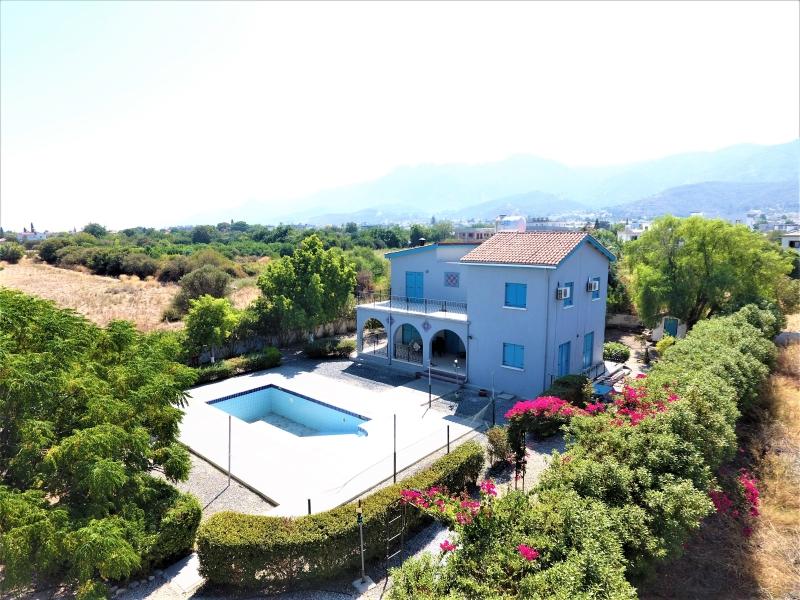 Villa For Sale In Cyprus Kyrenia Alsancak